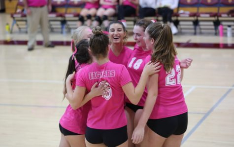 GIRLS VARSITY VOLLEYBALL WINS THE INDEPENDENCE LEAGUE & WILD CARD PLAYOFF