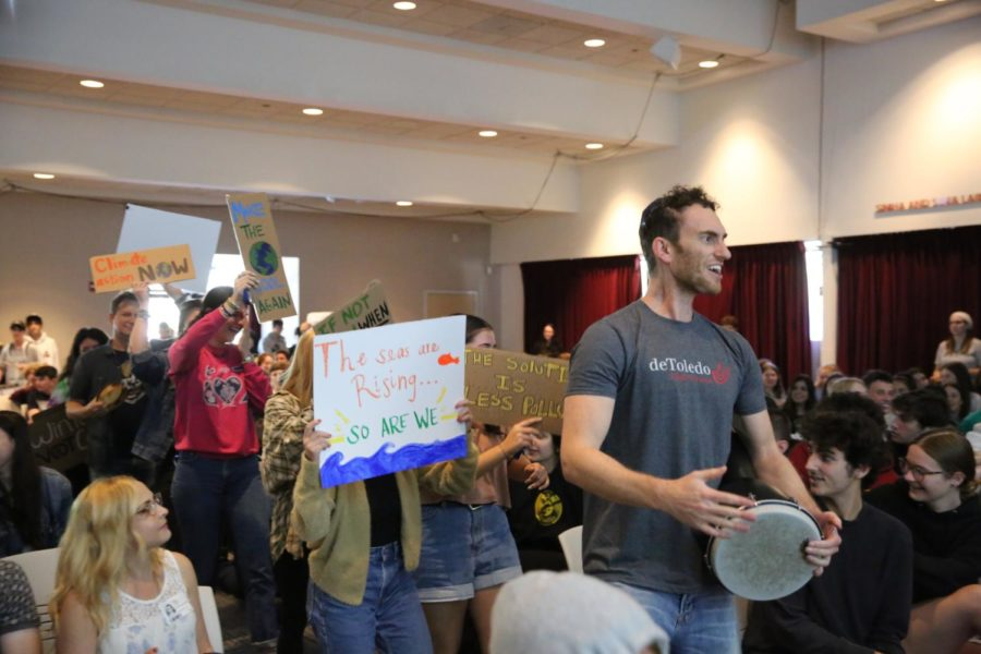 de+Toledo+students+and+faculty%2C+including+Rabbi+Bubis+on+the+drum%2C+demonstrate+the+need+for+change+before+their+peers+at+Town+Hall.+