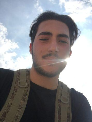 Photo of Ariel Esmailzadeh